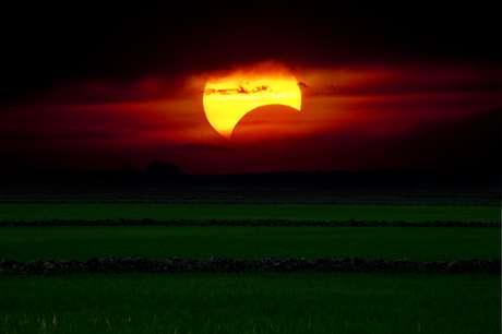 Lua Nova e eclipse solar: saiba como vai impactar seu signo