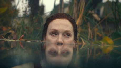 "Julianne Moore na série ""Lisey's Story"""