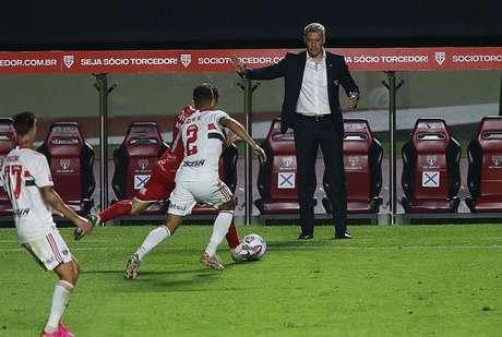 Crespo falou sobre a força do elenco do São Paulo (Foto: Rubens Chiri/saopaulofc.net)