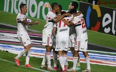São Paulo venceu o 4 de Julho por 9 a 1 (Foto: Paulo Pinto / saopaulofc.net)