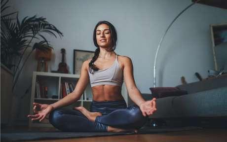 6 passos para reprogramar a mente e começar a meditar