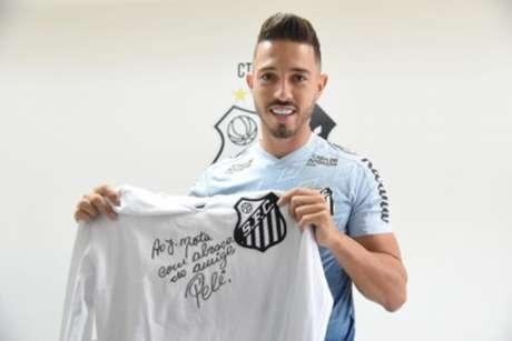 Com a camisa do Peixe Jean Mota já foi até artilheiro do Paulistão (Foto: Divulgação/SantosFC)