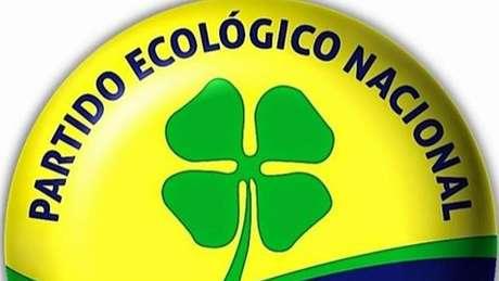 Logo do PEN, um trevo de quatro folhas; hoje, Barroso diz que partido não tem radicalismo de 'plantar árvore e comer folha'
