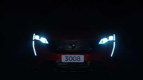 Novo Peugeot 3008 aparece em teaser divulgado pela marca francesa.