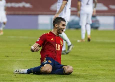 Ferrán Torres foi reserva com Guardiola no Manchester City (Foto: Divulgação / Federação Espanhola de Futebol)