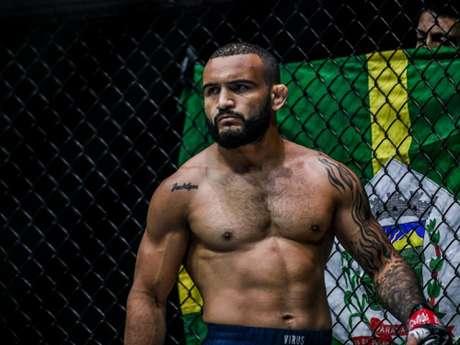 John Lineker será a atração principal do RedeTV! Extreme Fighting desta sexta (Foto: Divulgação/ONE Championship)