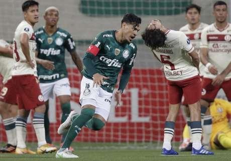 Gustavo Gómez é ídolo e capitão do Palmeiras (Foto: Andre Penner / POOL / AFP)