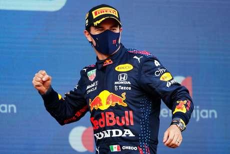 Sergio Pérez foi o primeiro piloto na era híbrida a vencer por duas equipes diferentes