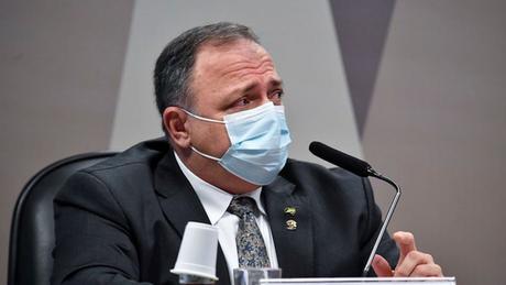 Em maio, Pazuello disse que falta de comunicação da Secretaria Estadual de Saúde do Amazonas dificultou ajuda do governo federal contra colapso em hospitais