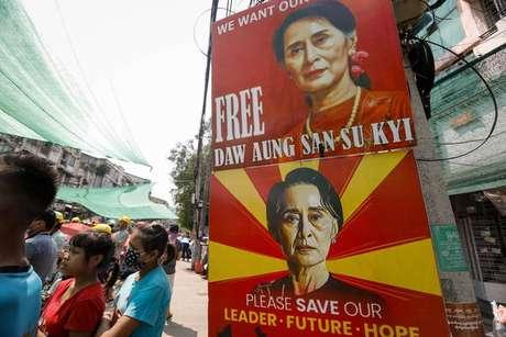 Suu Kyi está presa desde 1º de fevereiro, dia do golpe de Estado em Myanmar