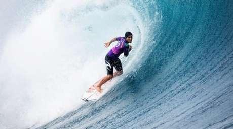 O brasileiro Gabriel Medina em ação na etapa do Taiti do Circuito Mundial de surfe (Crédito: WSL/Divulgação)