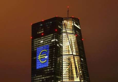 Sede do Banco Central Europeu, em Frankfurt, Alemanha  12/03/2016 REUTERS/Kai Pfaffenbach