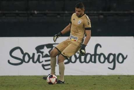 Douglas Borges pelo Botafogo (Foto: Vítor Silva/Botafogo)