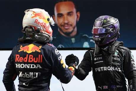 Max Verstappen reforçou o respeito a Lewis Hamilton