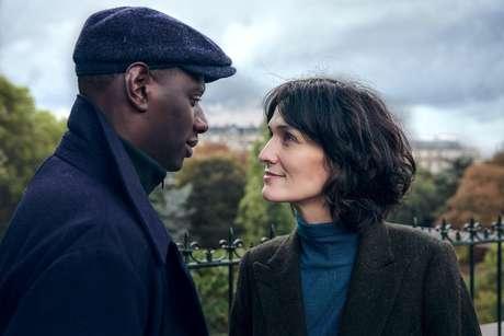 Arco de Assane com Juliette é explorado por flashbacks dando nova chance ao casal