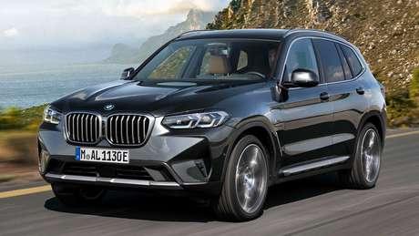 BMW X3 ganhou novos faróis com assinatura visual em led.