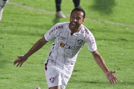 Fluminense perde para o Bragantino, mas avança às oitavas