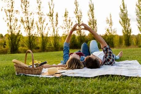 O namoro só funciona se cuidarmos, não apenas do amor, mas do aspecto do companheirismo