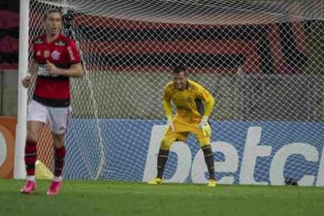 Diego Alves não sofreu gol após fibrose (Foto: Alexandre Vidal/Flamengo)