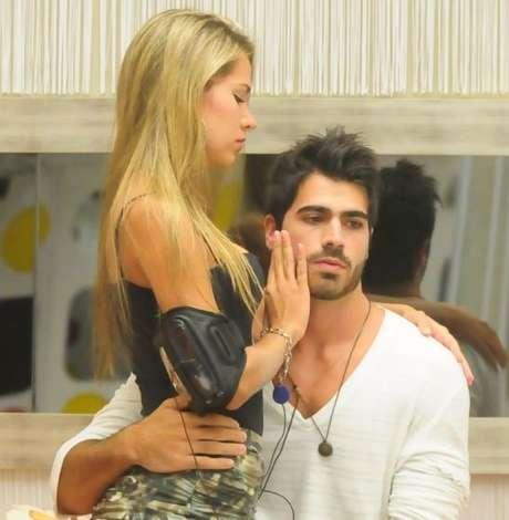 Adriana e Rodrigão no BBB11. TV Globo/Reprodução