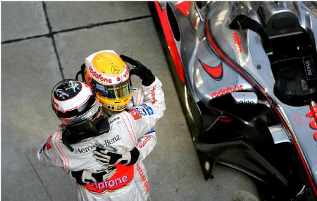 Fernando Alonso não deu chances a Hamilton na segunda etapa da temporada.