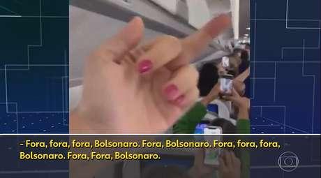 Sempre solene, o jornalismo da Globo se rendeu a um sinal associadoàbaixaria