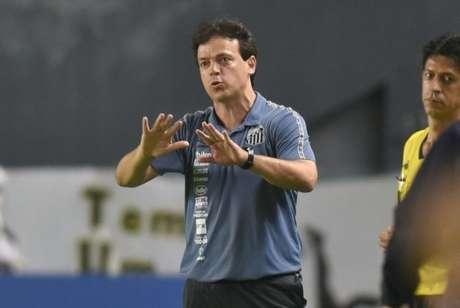 Fernando Diniz fez apenas duas mudanças no empate do Santos diante do Juventude (FOTO: Ivan Storti/Santos FC)