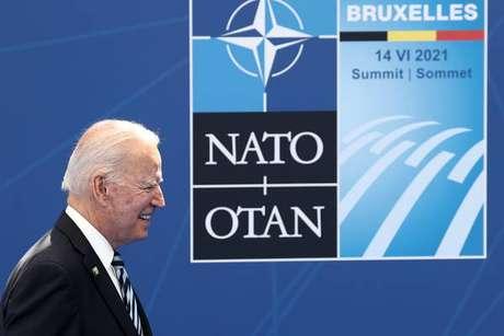 Biden faz pressão para uma postura mais dura em relação à China e à Rússia