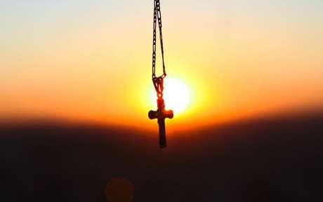 Faça a oração por setes dias e mantenha fé no seu pedido -
