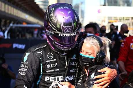 Ana Paula Cerveira fala sobre os desafios de Lewis Hamilton para buscar o oitavo título na F1