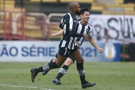 Chay e Luís Oyama (Foto: Vítor Silva/Botafogo)