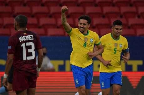 O zagueiro anotou o primeiro gol da vitória brasileira diante da Venezuela (NELSON ALMEIDA / AFP)