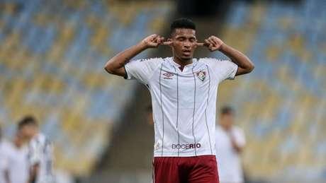 Marcos Paulo é cria do Fluminense, mas deixou o clube de graça (Foto: LUCAS MERÇON / FLUMINENSE F.C.)