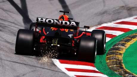 FIA vai promover testes mais rígidos de deflexão das asas traseiras a partir desta terça-feira