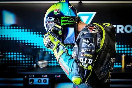 Valentino Rossi ainda enfrenta muitas dificuldades na temporada 2021