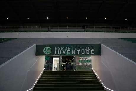 Torcida poderá comprar ingressos virtuais para o duelo com o Palmeiras (Foto: Fernando Alves/Juventude)