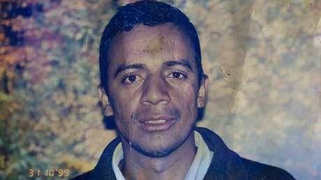 Vagner morreu em 2008, aos 37 anos. Família relata que ele teve problemas de saúde após abandonar o tratamento contra o HIV
