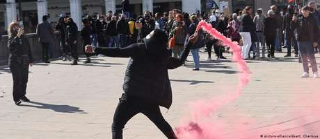 Extremistas se aproveitaram de protestos contra restrições da pandemia