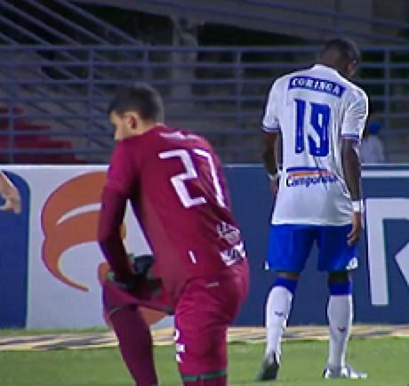 Equipe alagoana ainda não triunfou na competição nacional (Foto: Reprodução/SporTV)