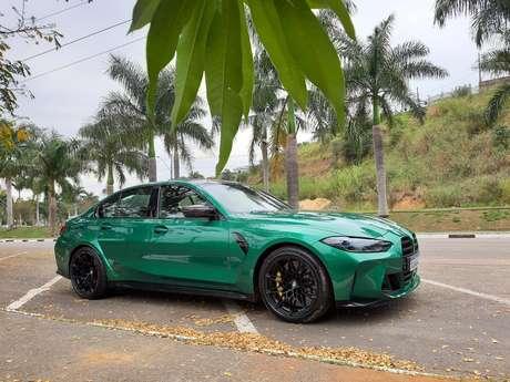 BMW M3 Competition Track:carro de corrida. Mesmo.