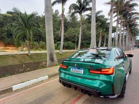 BMW M3 Competition Track: anda muito e tem as vantagens de um sedã 4 portas..