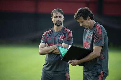Mauricio Souza comanda novamente o Flamengo (Foto: Alexandre Vidal/Flamengo)