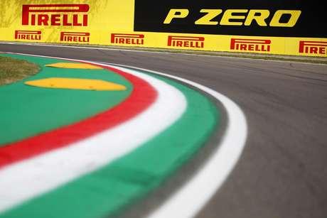 Pirelli mais uma vez sob pressão na F1.