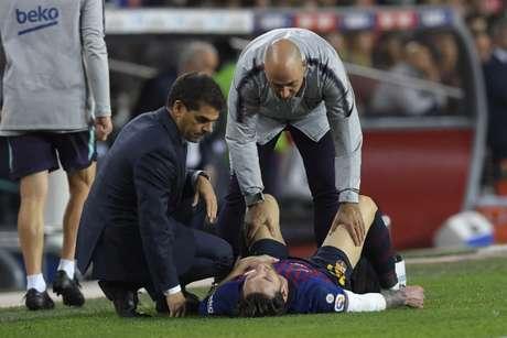 Messi já passou mal dentro de campo (AFP)