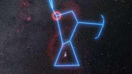 Betelgeuse é o ponto laranja, visto na constelação de Orion