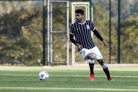 Léo Santos participou dos 90 minutos da partida com o sub-23 (Foto: Rodrigo Gazzanel/Ag. Corinthians)