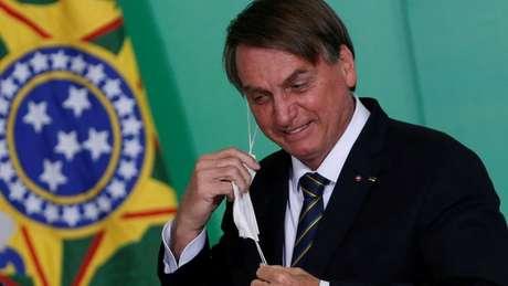'Não sou daqueles que digo que eu me arrependo, até porque todo mundo sabia quem era o Bolsonaro', diz Maia sobre seu voto em 2018