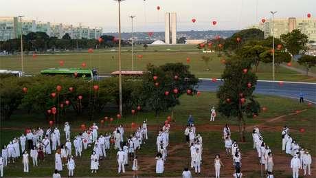 Homenagem em Brasília a vítimas da covid-19; ex-presidente da Câmara justificou que pandemia era momento inoportuno para processo de impeachment contra Bolsonaro