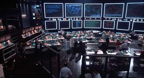 A Sala de Guerra do NORAD, ao menos na imaginação dos designers