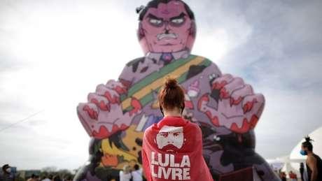 Apoio a Lula nos atos contra Bolsonaro afasta a participação de movimentos de direita, diz porta-voz do MBL
